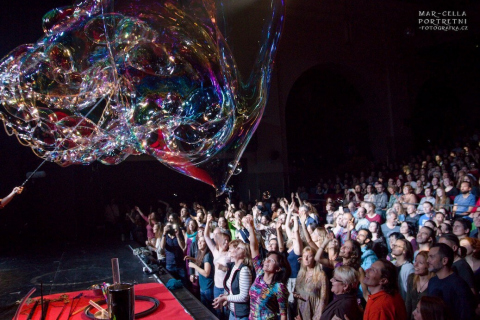 Bubble-Act-aus-Wien-4