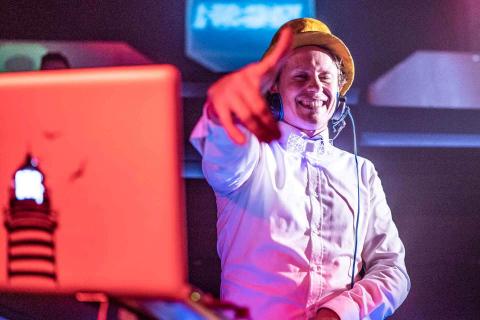 Der-vielseitige-Event-DJ-aus-Muenchen-7