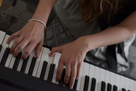 Die-Allround-Pianistin-aus-Oberoesterreich2